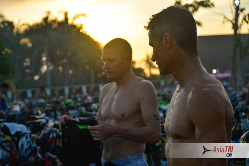 The race attracted a world class field. In the photo: Luke McKenzie 2nd place in Kona 2013 and 3x Ironman World Champion Craig Alexander