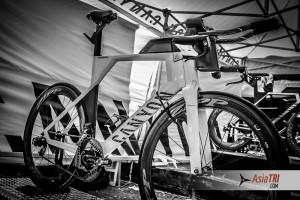 Kona Tech: Jan Frodeno's Canyon Speedmax CF SLX