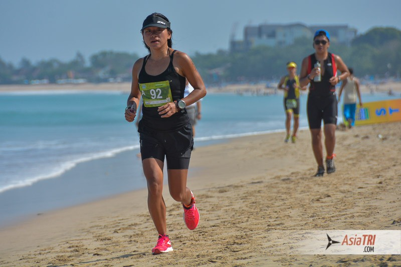 The first and final 500m of the run is on sand