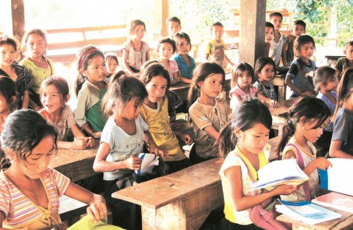 More than 600,000 Thai children cannot read at the most basic level. Photo: Masae
