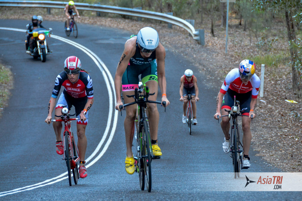 Women's lead pack at the Ironman 70.3 World Championships