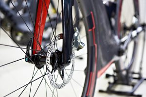 Disc Vs. Rim Brakes | Are Disc Brakes Faster?