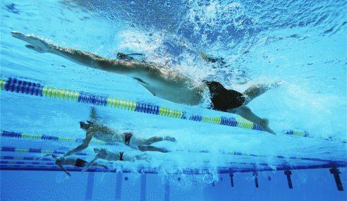 4 Ways To Improve Freestyle Kick | Front Crawl Swimming Tips For Triathletes