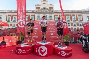Víctor Del Corral and Lisa Roberts victorious at CHALLENGEMADRID 2019 in Puerta del Sol